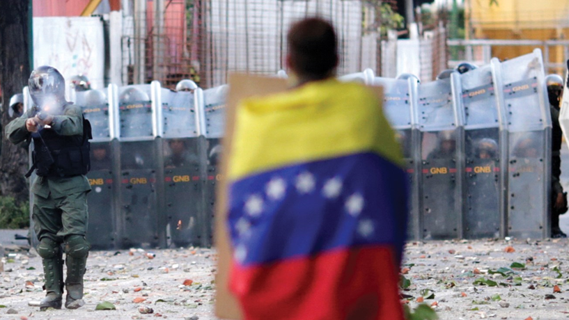 Venezuela expulsa embaixador brasileiro do país