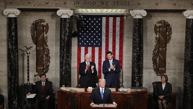 Melania quebra tradição e não acompanha Trump — Estado da União